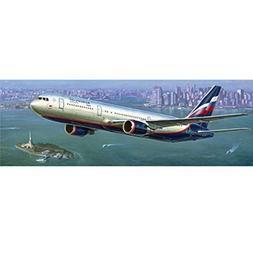ZVEZDA Boeing 767-300 1: 144 - Model Kit Z7005 by Zvezda