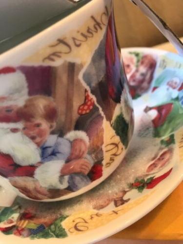 Roy Jumbo Tea With Saucer Santa Claus