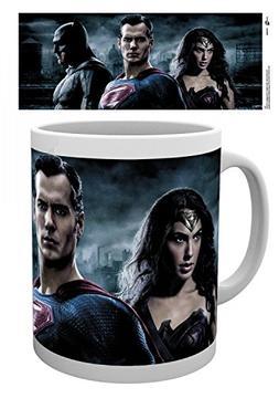 Set: Batman Vs Superman, A Good Team Photo Coffee Mug  And 1