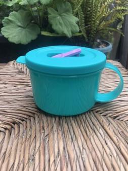 Tupperware Crystalwave Soup Mug 2 Cups Blue w/ White Spout M