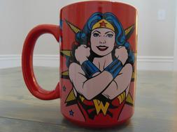 WONDER WOMAN COFFEE MUG STRONGEST WOMAN ALIVE ZAK! RARE! BRA